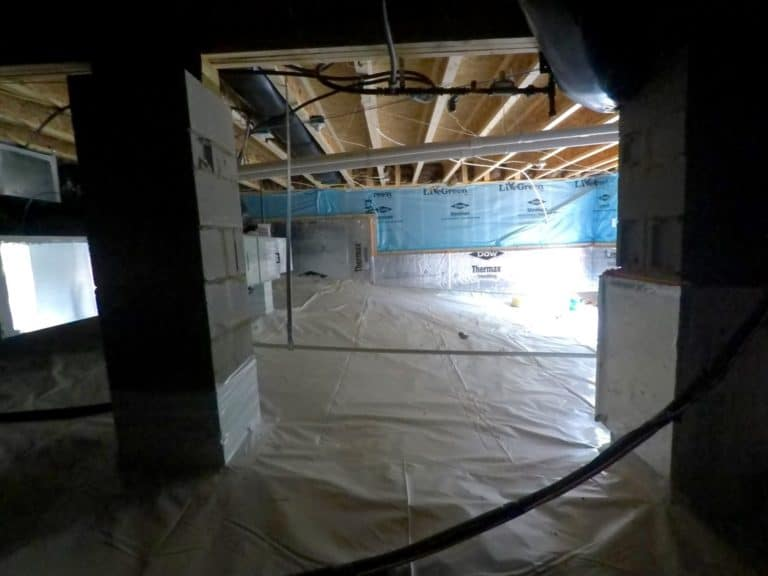 Moisture Problem Sealed Crawlspace Instalation
